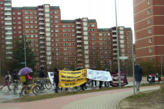 shutdown-LG-demo-Kaltenmoor-let-the-rich-pay-vorhochhaueser