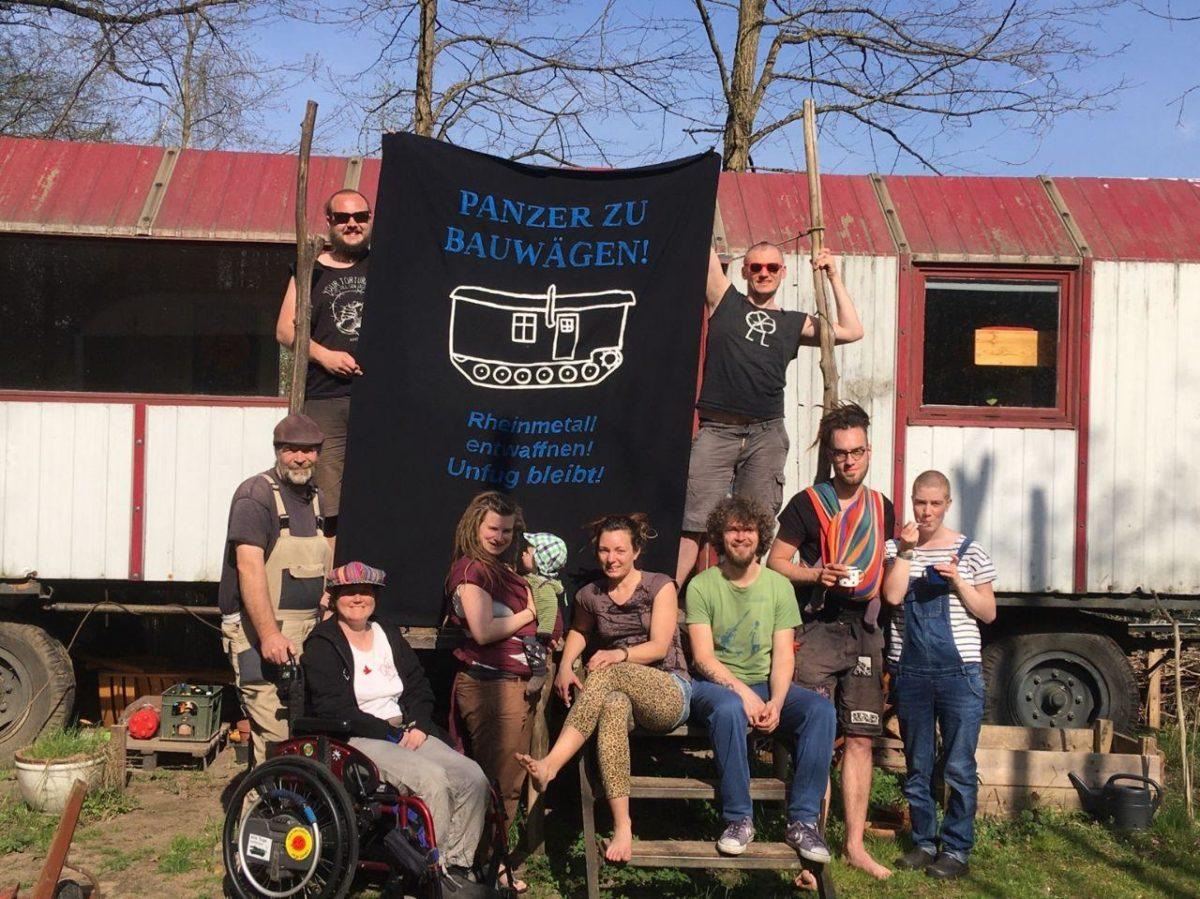 Wohnprojekt Unfug beteiligt sich an Foto-Aktion zum Ostermarsch