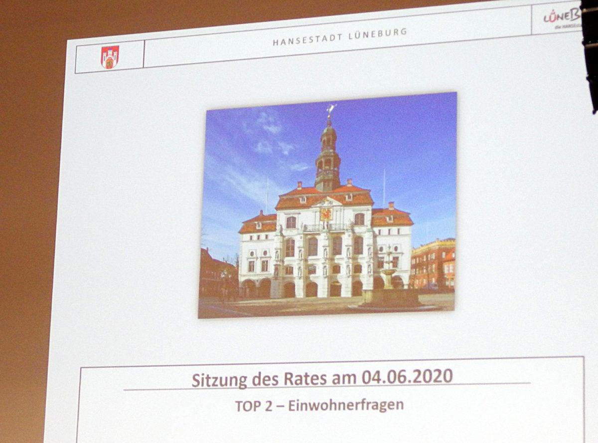 Lüneburg, Einwohnerfrage zum Thema Rassismus im Rat