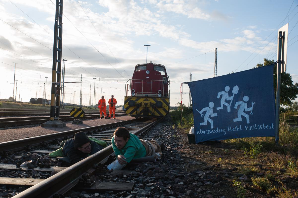 Landgericht Hamburg: Uranzugblockierer angeklagt