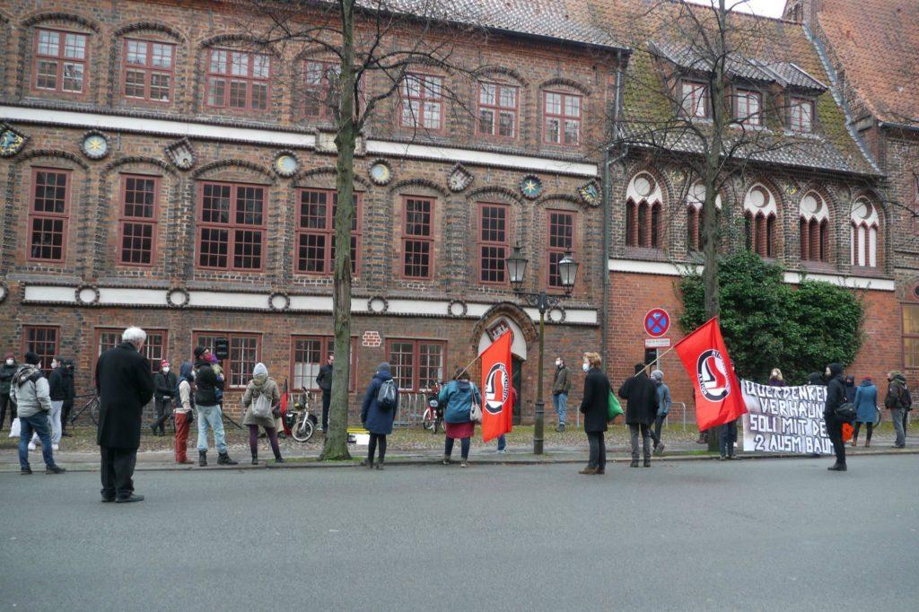 Antifa-Kundgebung vor dem Amtsgericht am 14.01.2021